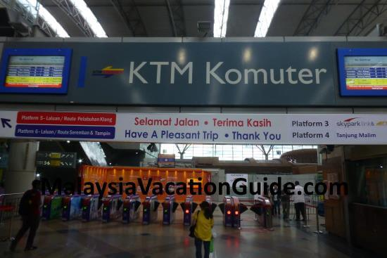 KTM Komuter at KL Sentral