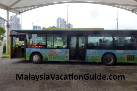 Free Shuttle Bus at Puteri Harbour Johor.