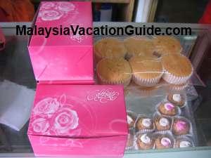 Kuala Kubu Bharu cup cakes and peanut cakes
