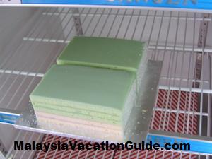 Klang Pandan Layer Cake