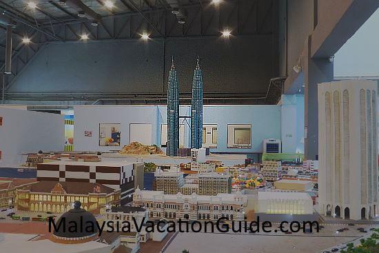 MinNature Malaysia Petronas Twin Towers