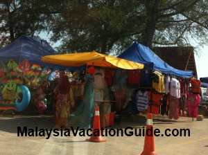 Pantai Remis Stalls By The Waterfront