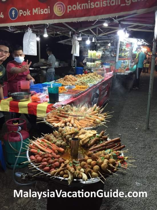 Pulau Warisan Food Stalls