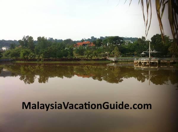 Rimba Riang Lake