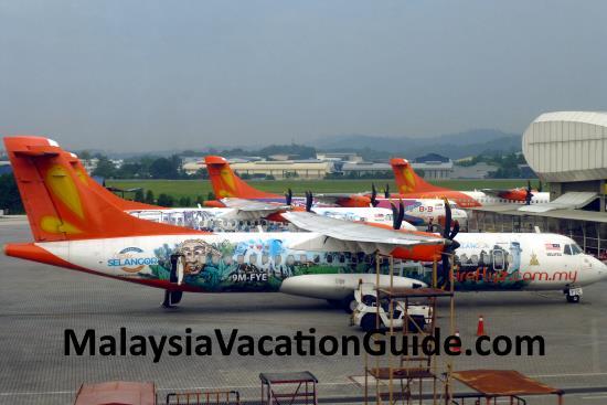 Fireflyz Aeroplanes At Subang Skypark Terminal