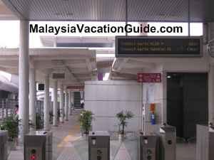Tasik Selatan Terminal ERL Station