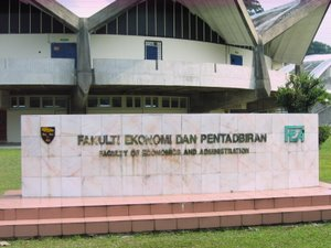 Faculty of Economics and Administration UM