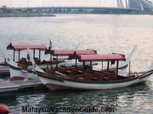 Dondang Sayang Perahu Gondola