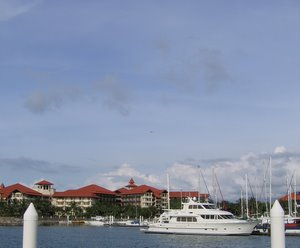 Jeti Sutera Harbour