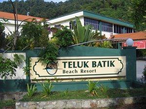 Teluk Batik Beach Resort